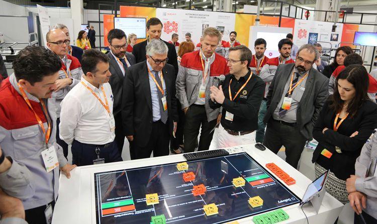 Realización de la demostración de la mesa interactiva metasonic touch en Seat realizada por STP Projects STP Group